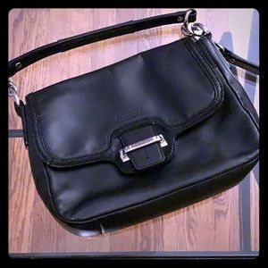 Coach leather shoulder bag black like new